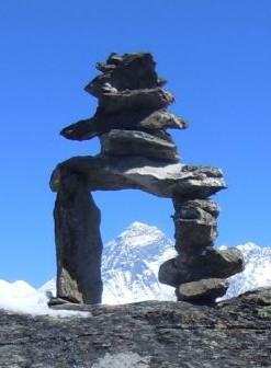 cropped-Mt.-Everest-mit-Pagode