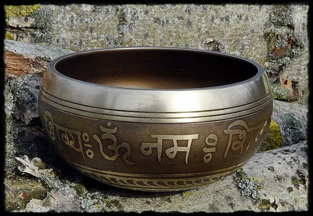 Klangschale OM Namah Shivaya