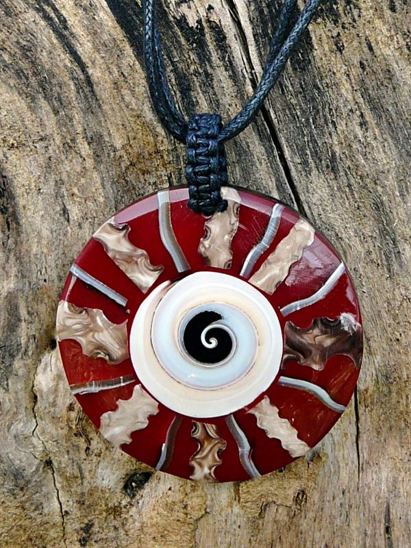 Bali Kette Spirale mit Schaumkoralle