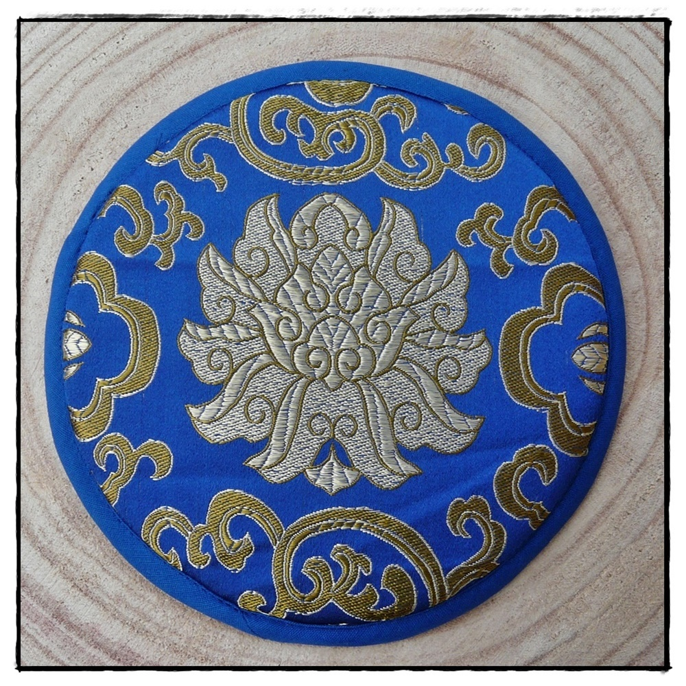 Klangschalen-Kissen mit Lotusblüte_blau