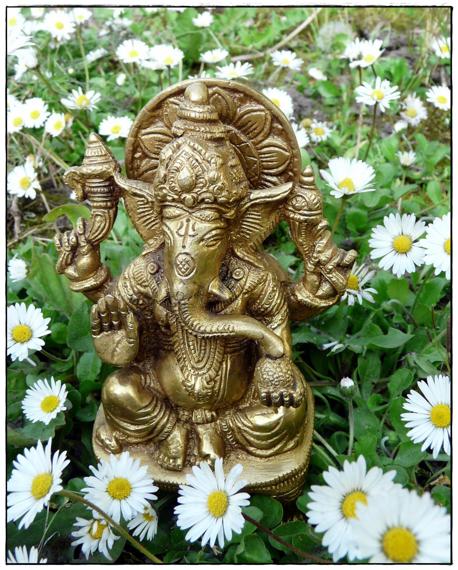 Ganesha Statue aus Messing
