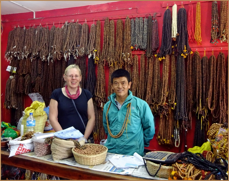 Besuch einer Malawerkstatt in Kathmandu