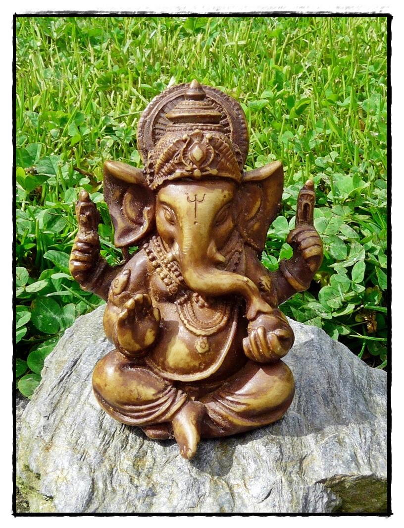 Kleine Ganesha Statue aus Resin