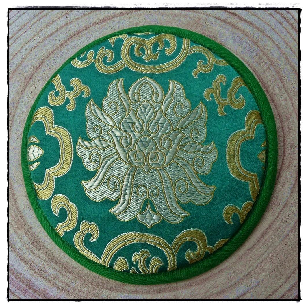 Klangschalen-Kissen mit Lotusblüte_grün