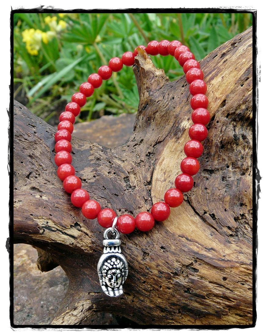Armband Bambus Koralle mit Symbolanhänger Buddhakopf