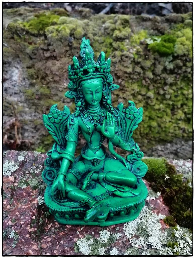 Grüne Tara Statue, türkisfarben