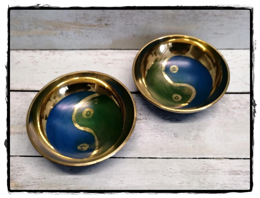 Klangschale mit Symbol Yin Yang