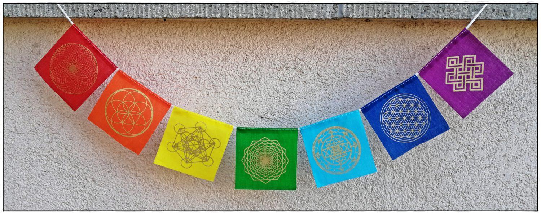 Mini Gebetsfahne Chakra mit Symbolen der heiligen Geometrie